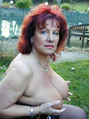 Maiana granny tantra massage in Sumter