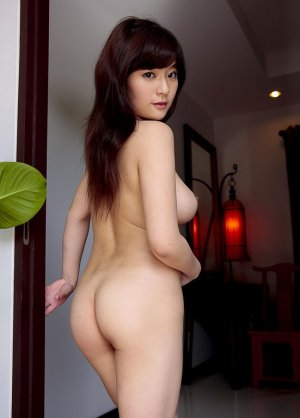 Maelis independent escort in Parkville
